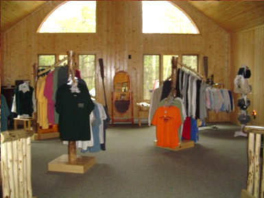 souvenir shop Black Pine Beach Resort
